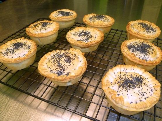 Express-O Kitchen gourmet pies mini size